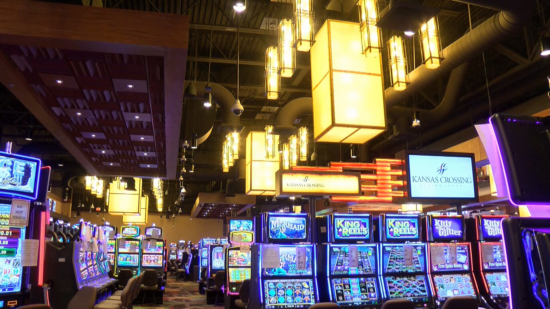 Kansas Crossing Casino inside